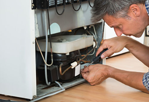 Refrigerator / Freezer Repair: Top Notch Appliance Service repairs refrigerators and freezers in Lake Ridge, Fairfax Station, Lansdowne, Falls Church, Potomac, and  Warrenton.